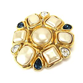 Chanel Gold Tone Simulated Glass Pearl Vintage Brooch