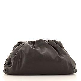 Bottega Veneta The Pouch Leather Medium