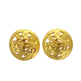 Chanel Gold Tone Metal Round Type Earrings