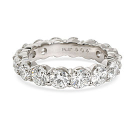 Shared Prong Round Cut Diamond Eternity Band in Platinum 4.04 CTW