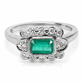 Diamond and Emerald Center Vintage Ring in 18K White Gold (0.27 CTW)