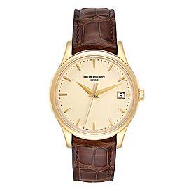 Patek Philippe Calatrava Hunter Case Yellow Gold Automatic Mens Watch 5227