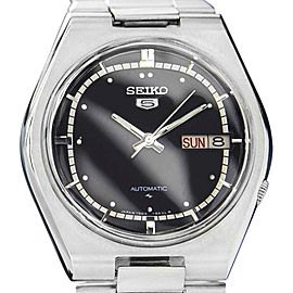 Seiko 5 Stainless Steel Black Dial Automatic 37mm Mens Watch 1970s