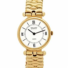 Van Cleef & Arpels Classic 18601CC1 Gold 24.0mm Women's Watch