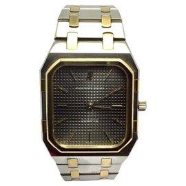 Audemars Piguet 18K Yellow Gold and Stainless Steel Quartz 31.5mm Unisex Watch
