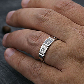 14k White Gold Men's Ring Features 3 Princess Cut White Diamonds in 0.85ct TCW