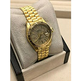 Rolex Ladies President Datejust 6917 Champagne Dial 18K Yellow Gold Bark Finish