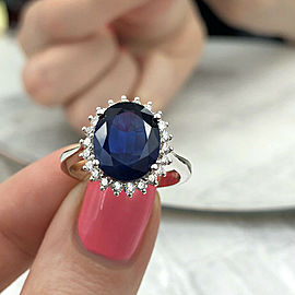 14k White Gold Cocktail Ring with 4.20ct. Natural Blue Sapphire and 0.75ct. DIAs