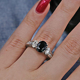 Beautiful 14k W Gold Cocktail Ring with 2.00ct. Black Sapphire and 1.25ct. DIA