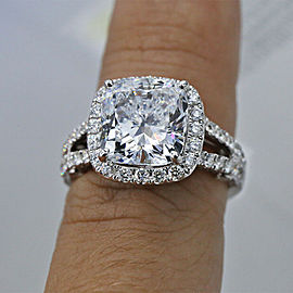 18k White Gold Engagement Ring with Diamonds 6.48ct.