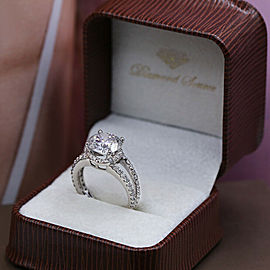 Amazing 18k White Gold Engagement Ring w/ 5.32ct. Diamonds