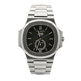 Men's Patek Philippe Nautilus Stainless Steel w/ Black Dial 5726/1A