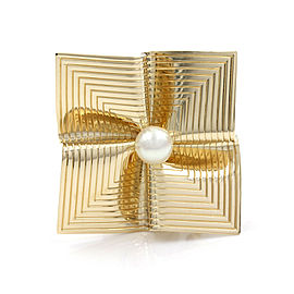 Tiffany Square Brooch Pin with Pearl in Gold