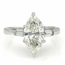 14kw Baguette Diamond Ring with 2.34ct Marquise Center