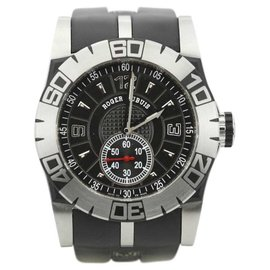 Roger Dubuis Easy Diver SED 46.14.C9.NCP.G91 Stainless Steel & Rubber Automatic 46mm Mens Watch
