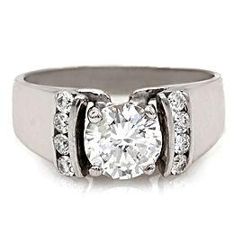 Round Diamond Ring in Gold