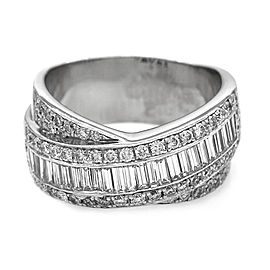 0.94ctw Baguette and Round Diamond Ring in 18K White Gold