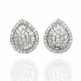 Diamond Pear Shape Eearrings in Gold