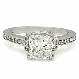 14kw Round Diamond Engagement Ring with 1.58ct Princess Center