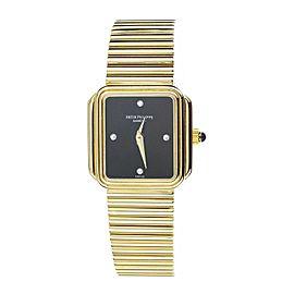 Patek Philippe Vintage Yellow Gold Onyx Dial on Bracelet 22x22mm Manual Wind