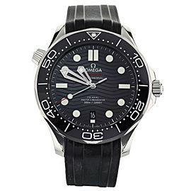 Omega Seamaster 300m Stainless steel Black Dial on Rubber 42mm 21032422001001