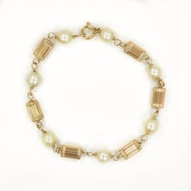 Cultured Pearl Bracelet In 14K Yellow Gold 7MM Stones 5.8 Grams 7""