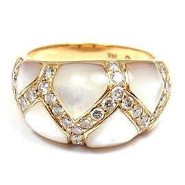 Kabana 14K Yellow Gold Mother of Pearl & 0.30ctw Diamond Ring 5.75