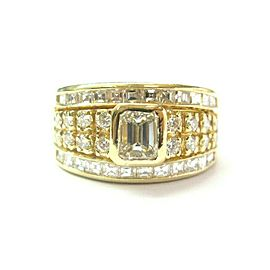 Emerald Round & Square Diamond Ring Bezel Set 18Kt Yellow Gold 2.00Ct