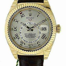 Rolex Sky-Dweller 326138 Men's Yellow Gold 42mm Automatic 1 Year Warranty