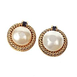 Chanel Gold Tone Simulated Glass Pearl Vintage Earrings