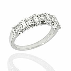 Alternating Diamond Ring in Gold