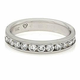14KW Single Row Diamond Ring
