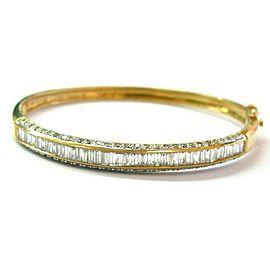 "Round & Baguette Diamond Bangle 18Kt Yellow Gold F-G/SI1 2.4"" Diameter"