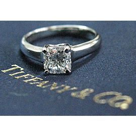 Tiffany & Co Platinum Lucida Diamond Engagement Ring D-VVS2 .87CT