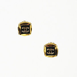Chanel Gold Tone Hardware 'CC' Clip On Earrings