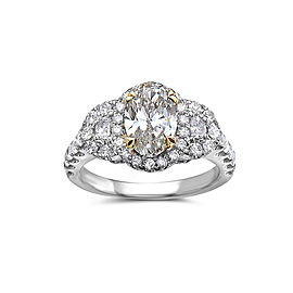 18k White Gold With 2.70 CTW Ring Size 6.5