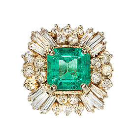 14K Yellow Gold with 4.00ct Emerald & Diamond Ring Size 6