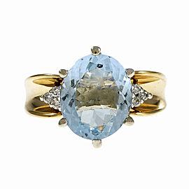 14K Yellow Gold with 4.00ct. Oval Aquamarine & 0.06ct. Diamond Ring Size 8