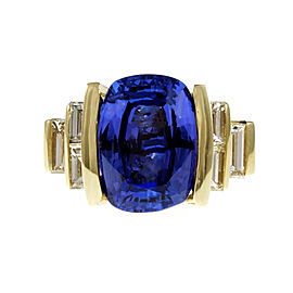 18K Yellow Gold with 6.56ct Tanzanite & 0.55ct Diamond Baguette Ring Size 6.75