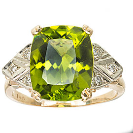 14K Yellow Gold with Green Peridot & Diamond Ring Size 7