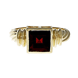 14K Yellow Gold Garnet Ring Size 6