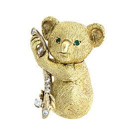 18k Yellow Gold Florentine Koala Bear On Limb Brooch/Pendant
