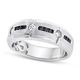 14K White Gold 0.40ct. Black & White Diamond Matte Finish Wedding Band Size 9