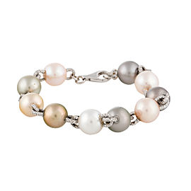18k White Gold Culured Pearl And Diamond Bracelet