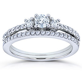 Round Diamond Three-Stone Bridal Set 5/8 Carat (ctw) in 14k White Gold