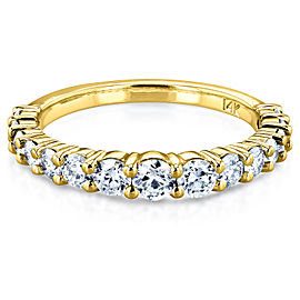 3/4 Carat TDW Graduated Diamond Wedding Band in 14k Yellow Gold