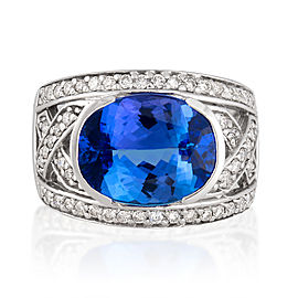 Le Vian Certified Pre-Owned Ring featuring Blueberry Tanzanite set in 14K Vanilla Gold