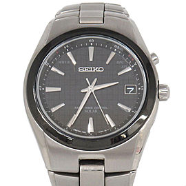 Seiko Radio Wave Titanium Mens 39mm Watch