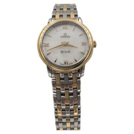 Omega DeVille 424.20.27.60.05.001 18K Yellow Gold & Stainless Steel with Mother Of Pearl Dial 27.4mm Womens Watch