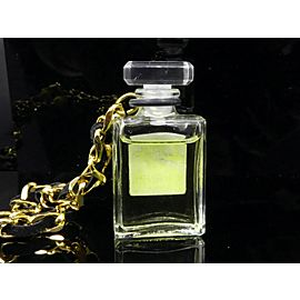 CHANEL Vintage Gold Chain Pendant Necklace Perfume No.19 CHAT-57